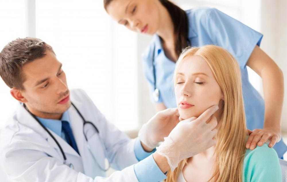 Viêm amidan cần thăm khám sớm và điều trị kịp thời