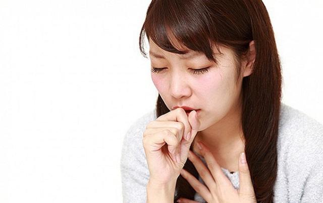 Dấu hiệu viêm họng là ho khan