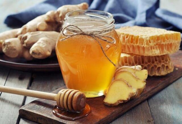 Chữa viêm họng bằng gừng và mật ong