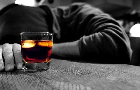 Rượu làm suy yếu hệ miễn dịch của bạn
