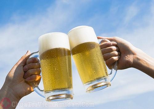Ung thư amidan nên hạn chế sử dụng rượu bia
