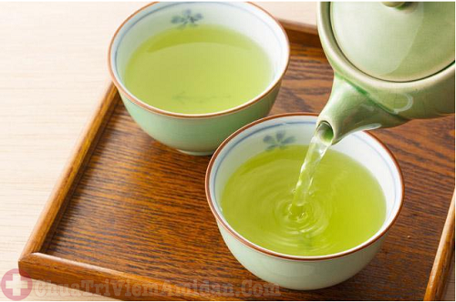 Uống trà giúp loại bỏ mùi hôi miệng hiệu quả