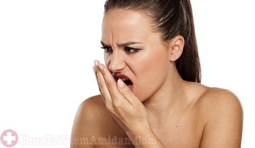Bị bệnh viêm họng gây hôi miệng có đúng không?