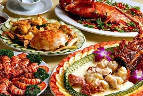 Viêm họng có nên ăn hải sản hay không?