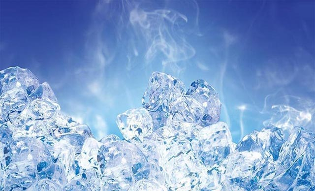 uống nước đá khi bị viêm họng